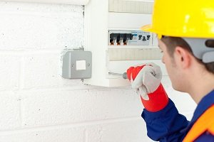Hiring An Electrician – Save Money and Get Quality