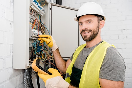 Finding a Reliable Myrtle Beach Electrical Expert
